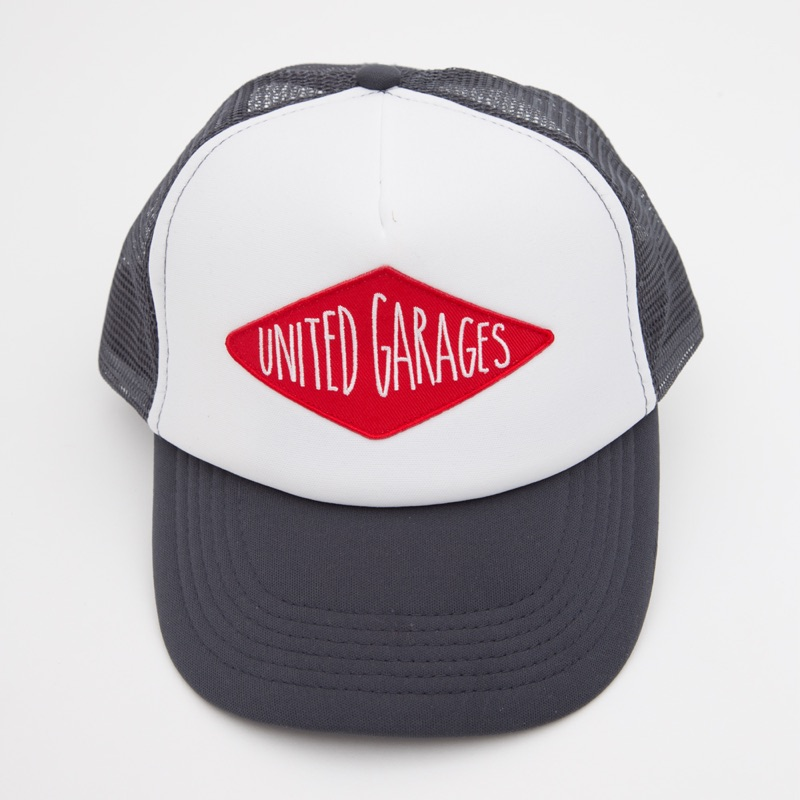shop_Merch_cap_grey_white+red.jpg